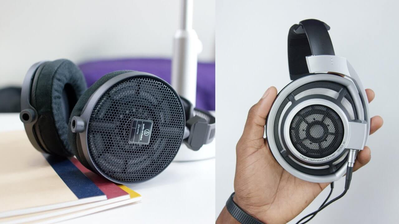 Why Do Musicians Wear Headphones ? Let's Find Out ! 1