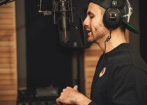 10 Best Studio Headphones Under 200 Dollars On Earth